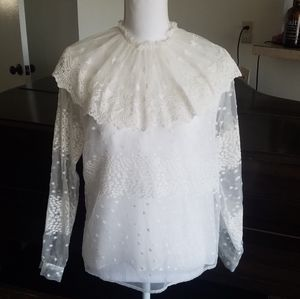 💎JUST IN! NWT Zara Embroidered Lace Top